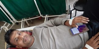 The victim Sunil Yadav was taken away by the miscreants in a MAruti van and was beaten by rods